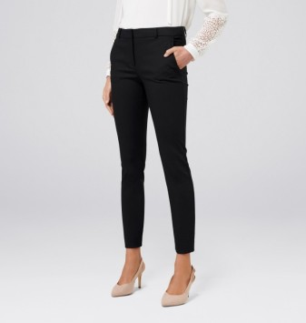 Grace 7/8th Slim Pants via: Forever New